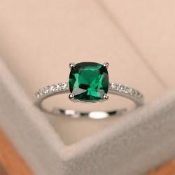 Anello zirconi e pietra verde misura 8